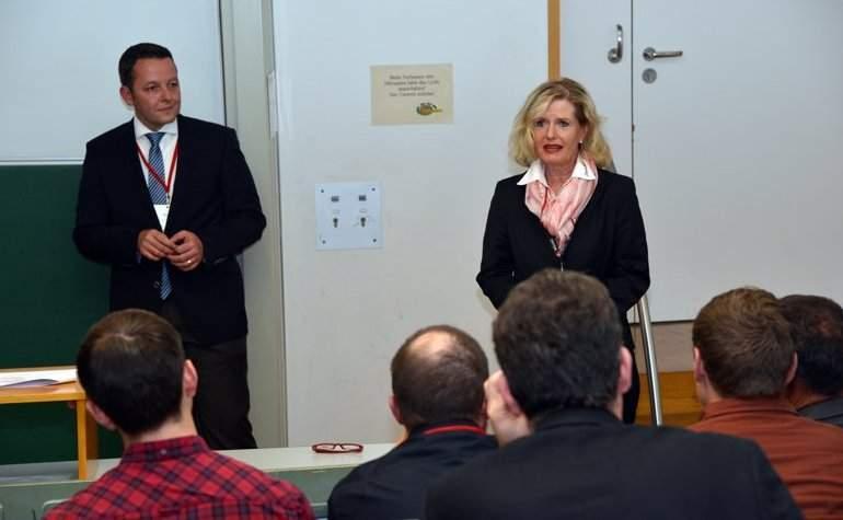 Ingo Claus (K.E.R.N - Die Nachfolgespezialisten) und Rita Hofheinz (DocuServe) diskutierten über Unternehmensnachfolge.