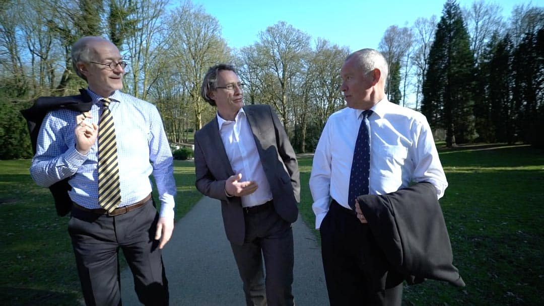 Partnerzy KERN Klaus Knuffmann & Holger Habermann na spacerze z klientem