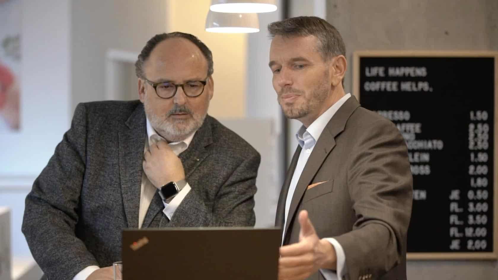 Specjaliści KERN-u Nils Koerber i Wolfgang Bürger w rozmowie