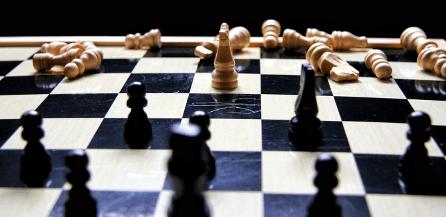 Corona, Unternehmensverkauf und Jetzt